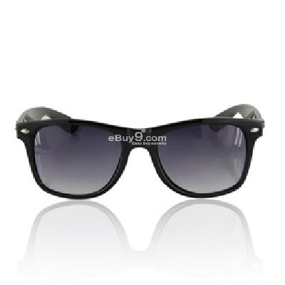 Portable Fashionable Sunglasses P494B-Black