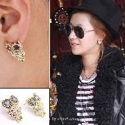 /hot-fashion-shining-eyes-owl-style-stud-earrings-mtyehw-p-254.html