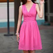 /women-lady-style-sleeveless-chiffon-kneelength-pleated-slim-waist-dress-p-36932.html